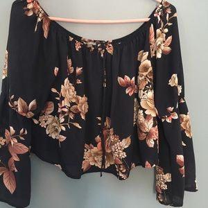 Off shoulder floral print crop top